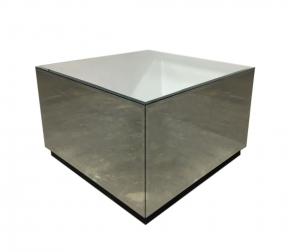Mesa Lateral Versalhes